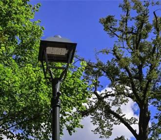 Na ulicach Sopotu trwa montaż nowych, energooszczędnych latarni