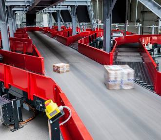 AliExpress: Paczka z Chin do 15 dniu u odbiorcy i własne maszyny do odbioru paczek