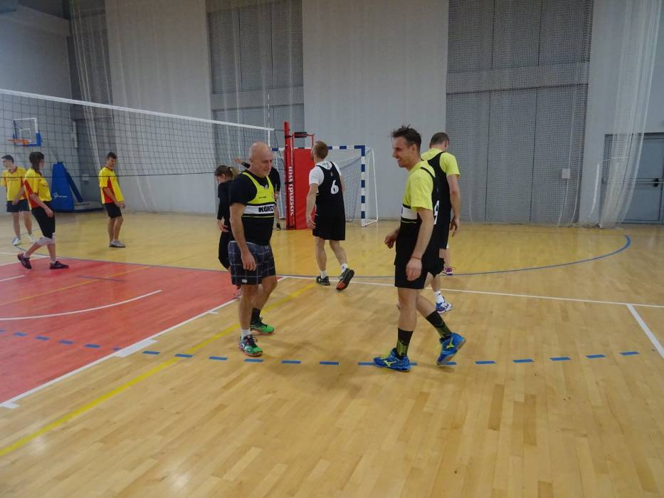 Turniej siatkówki reprezentacji kościańskich osiedli