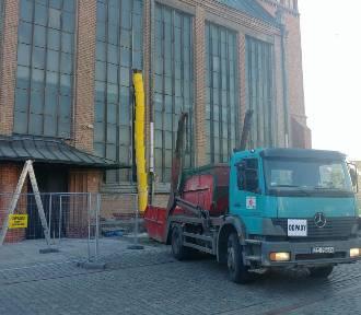 Remont przy Bazylice Archikatedralnej w Szczecinie. Trwają prace konserwatorskie