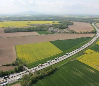 Plan budowy autostrady A4 i drogi S5  w powiecie świdnickim: przez wsie, lasy, Dolinę Rzeki Bystrzycy...