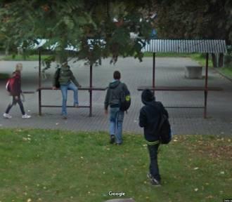 Mieszkańcy Gruczna w Google Street View. Rozpoznajecie się na zdjęciach?