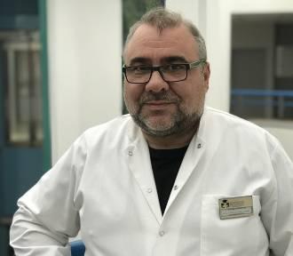 Prof. Drobnik: Należy bezwzględnie zaszczepić dzieci i wrócić do noszenia maseczek