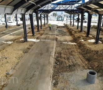 Trwa remont dworca autobusowego na Ratajach. Zobacz zdjęcia i wideo!