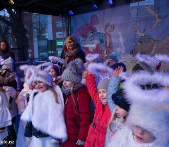 Jarmark Świąteczny na Rynku w Stargardzie [ZDJĘCIA, WIDEO]