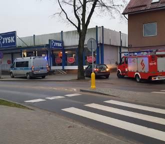 Kolizja przy rondzie 12 Marca w Wejherowie. Nie było osób poszkodowanych [ZDJĘCIA]