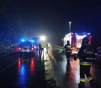 Koszmarny wypadek na DK 88 w Gliwicach. 9 osób nie żyje, 7 jest rannych