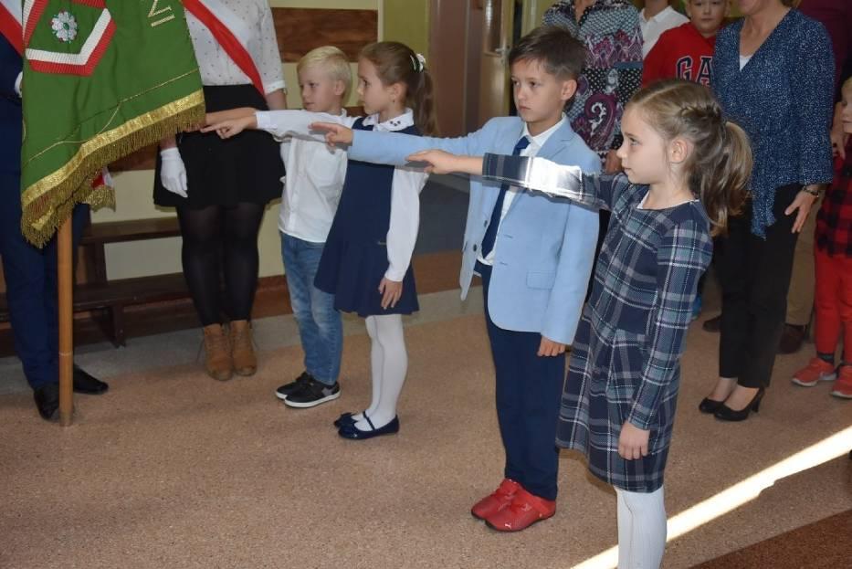 SSP nr 1 we Wrześni: Pasowanie uczniów klas pierwszych