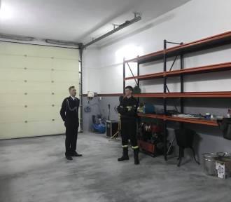Wyremontowano garaże w remizie strażaków z OSP Łuszkowo [FOTO]
