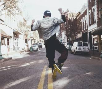 8 skutecznych sposobów na znalezienie pierwszej pracy
