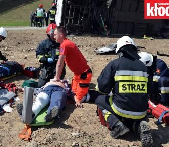 Wielki wypadek na obwodnicy Kłodzka. Ćwiczenia służb ratunkowych (GALERIA,FILM)