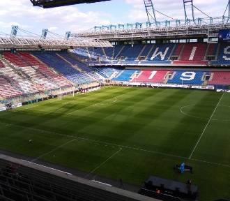 Które kluby Ekstraklasy stracą najwięcej na braku kibiców?
