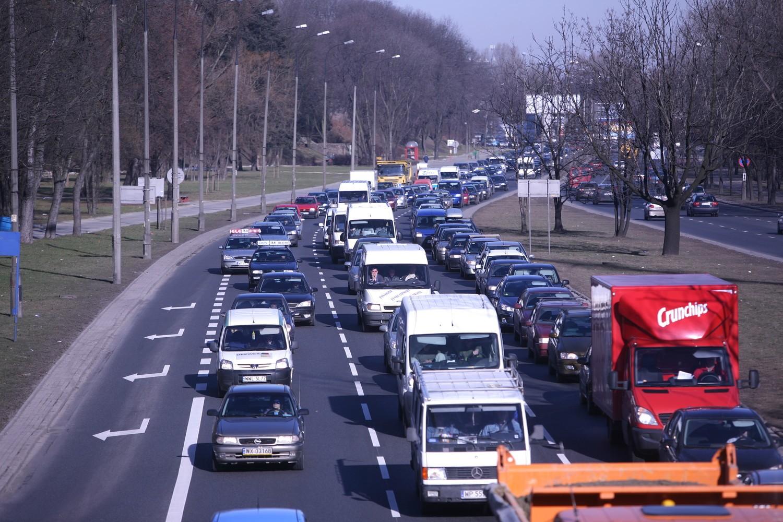 Korki Warszawa - zobacz, jak wygląda sytuacja na drogach