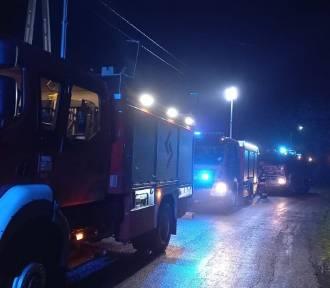 Pożar dwurodzinnego budynku w Pierzwinie. Niestety znaleziono tam zwłoki mężczyzny