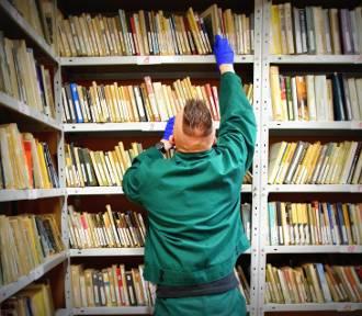 Śląskie: Co czytają więźniowie za kratkami?
