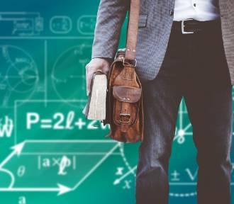 Ile zarabia nauczyciel w Polsce, a ile za granicą? Porównaj