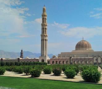 Autostopem przez Zjednoczone Emiraty Arabskie i Oman