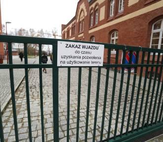 Parking przy Kampusie Piastów nadal nie jest oddany do użytkowania [WIDEO]