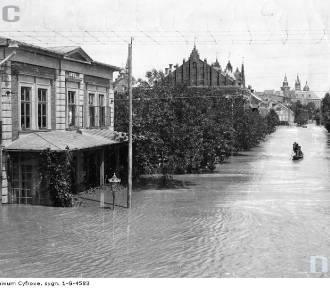 Powodzie w Krakowie - zalane budynki, ulice, parki. Zobaczcie archiwalne zdjęcia!