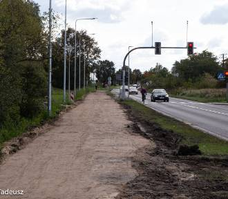 Ścieżka rowerowa przy ulicy Broniewskiego