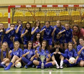 Zawodniczki Astorii Szczerców Junior z awansem do finałów Młodzieżowych Mistrzostw Polski U-16