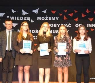 Gmina Ostrów Wielkopolski. Stypendia wójta dla najzdolniejszych