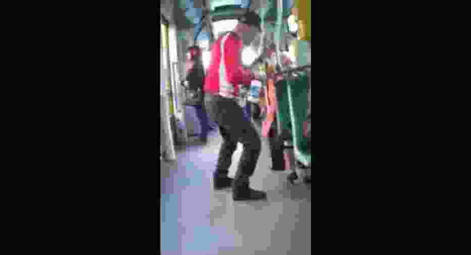 Jeden z pasażerów pomylił tramwaj z...