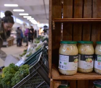 Ceny żywności idą w górę. Za co trzeba zapłacić więcej w Trójmieście? [INFOGRAFIKA]