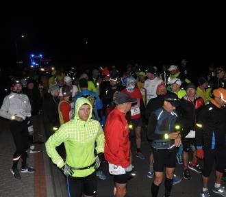 Biegacze na trasie Supermaratonu Kalisia [FOTO]