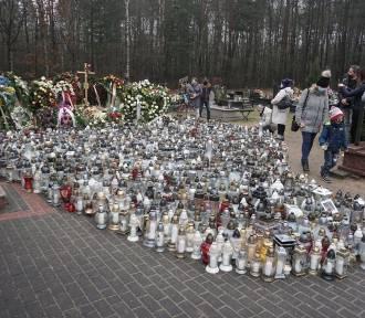 Cała Polska przyjeżdża na grób Krzysztofa Krawczyka