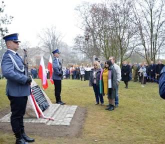 Oddali cześć i chwałę zamordowanym policjantom II RP (foto)