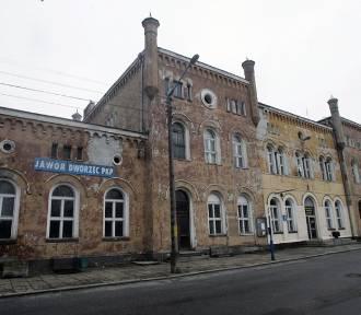 Remont dworca PKP w Jaworze [ZDJĘCIA]