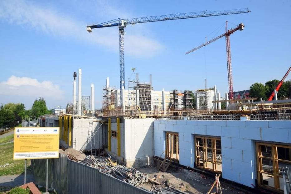 Astoria pnie się w górę. Tak wygląda budowa nowego basenu w Bydgoszczy [zdjęcia]