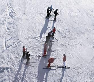 Ferie 2020. Co zabrać na narty?