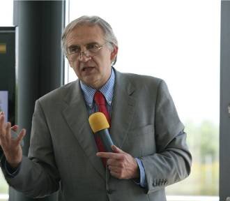 Prof. Marian Zembala zostanie uhonorowany nagrodą Lux ex Silesia