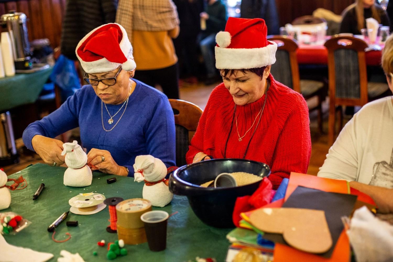 Jarmark Świąteczny w Pucku (Boże Narodzenie 2019): warsztaty artystyczne w puckim ratuszu