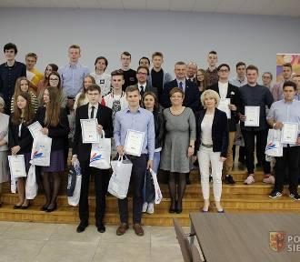 Mateusz Marzec znów najlepszy w  Konkursie Wiedzy o Prawie i Samorządzie Terytorialnym[ZDJĘCIA]