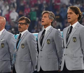 Echa meczu otwarcia: Pan samochodzik, włoskie garnitury i historyczny samobój