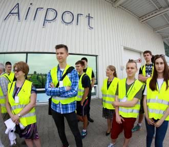 Klasa dla stewardess i stewardów powstanie w I LO w Świdniku (ZDJĘCIA)