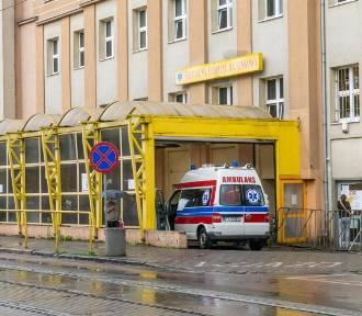 Kolejne zakażenia koronawirusem w poznańskich szpitalach i dużym zakładzie