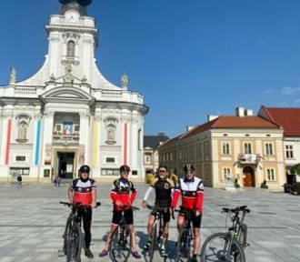 Przejadą 1000 km ku pamięci Jana Pawła II