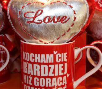 WALENTYNKI. Cytaty o miłości. Romantyczne cytaty, życzenia, cytaty o miłości