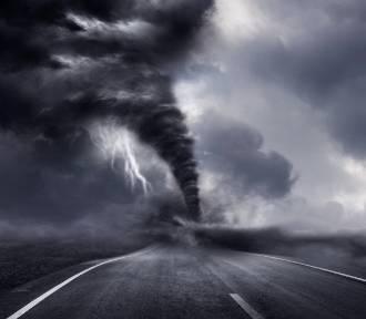 Nieziemskie zjawiska pogodowe. Palec śmierci, biała tęcza i czerwone duchy [ZDJĘCIA]