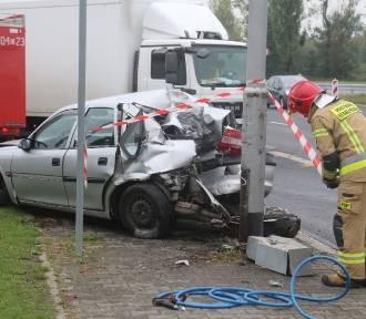 Wrocław. Zobacz zdjęcia z dramatycznego wypadku za centrum handlowym Korona