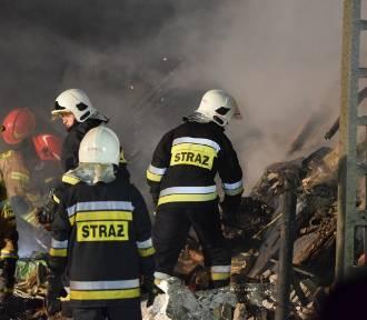 Zawalił się budynek po wybuchu gazu w Szczyrku. 8 osób nie żyje [FILM, ZDJĘCIA]