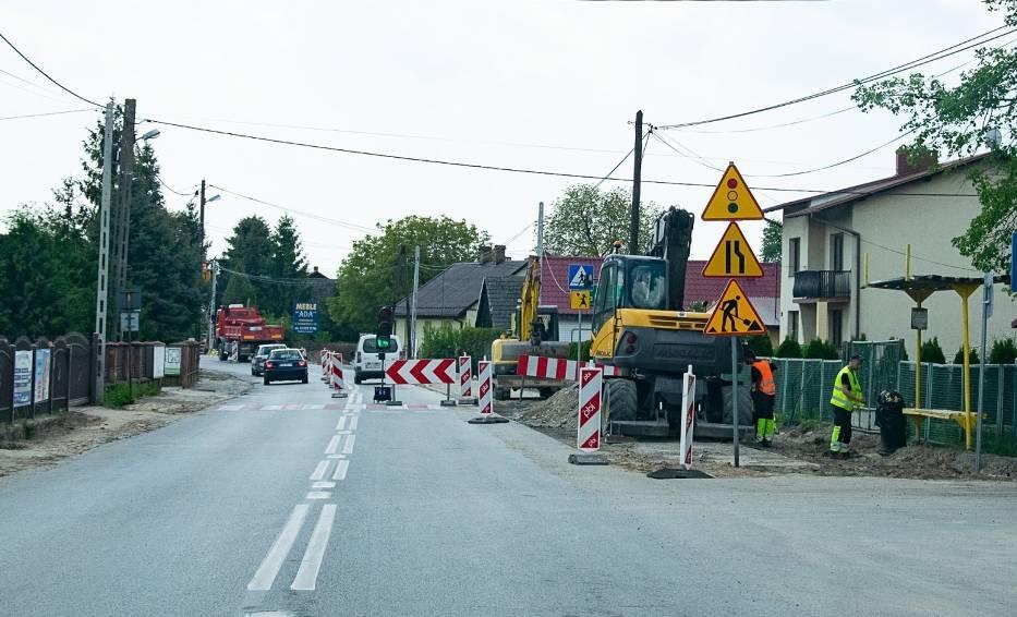 Po przebudowie ulica Mickiewicza w Tarnobrzegu będzie mieć nową nawierzchnię, szerokość 6 metrów, ciągi pieszo-rowerowe