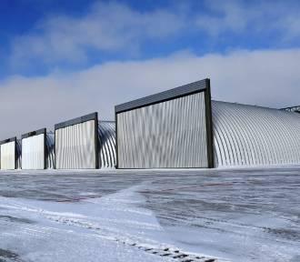 Dęblin: Nowe hangary na lotnisku już niedługo (ZDJĘCIA)