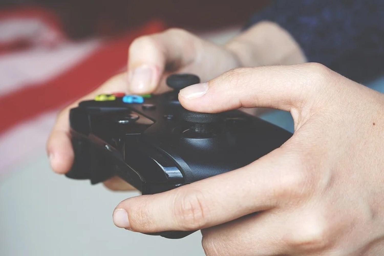 Gry komputerowe i konsolowe to jedna z najprężniej rozwijających się branży rozrywkowych na świecie