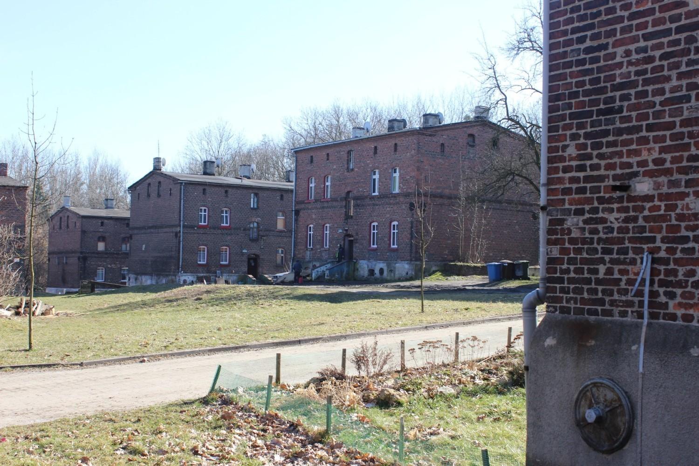 Podpisano umowę na modernizację kolejnych budynków na osiedlu Kolonia Zgorzelec w Bytomiu