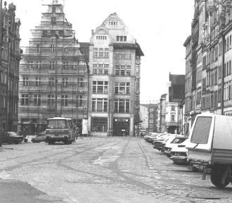 To prawdziwe perełki. Zobacz Wrocław na czarno-białych fotografiach z lat 80. i 90.